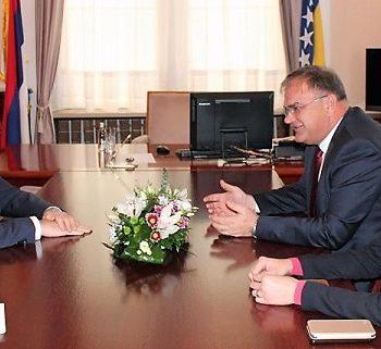 O sastanku Ambasadora Rusije u Bosni i Hercegovini Petra Ivancova sa članom Predsjedništva BiH Mladenom Ivanićem