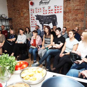 Россияне продолжают знакомиться с сербской культурой